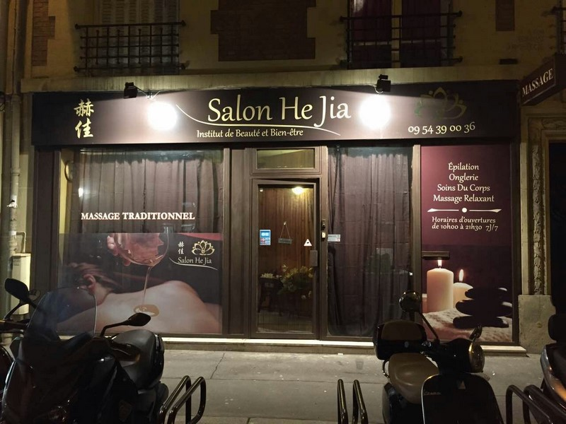 He jia massages naturistes et sensuels paris 75015 for Salon naturiste